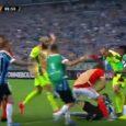 Batalla campal y ocho expulsados en la Libertadores